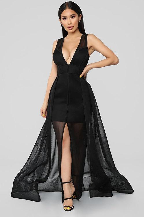 FASHION NOVA - My Heart Is A Mesh Maxi Dress – Black