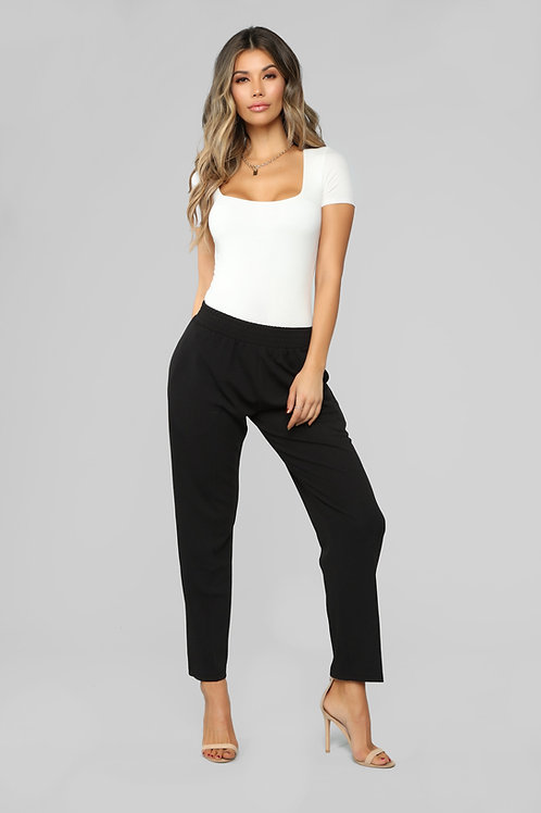 FASHION NOVA - Don't Crepe My Style Pants - Black