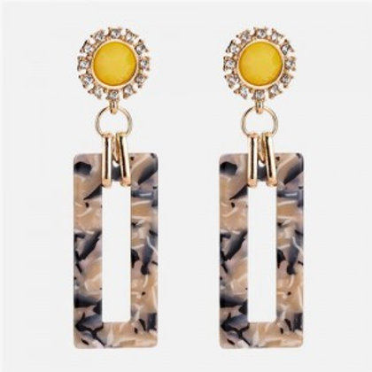 sunflower-with-bold-acrylic-oblong-design-women-statement-earrings-khaki
