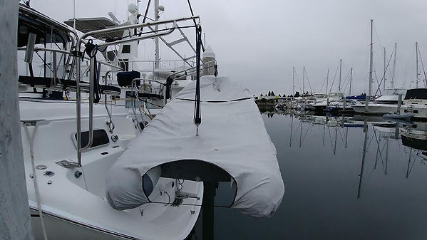 Hunter 420 Dinghy Davit -- rear view