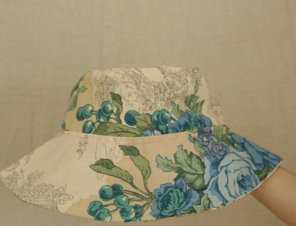 Floral toile hat