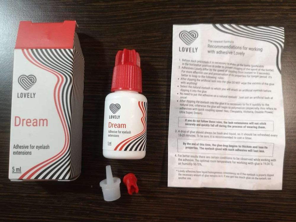 LOVELY Glues package and manual