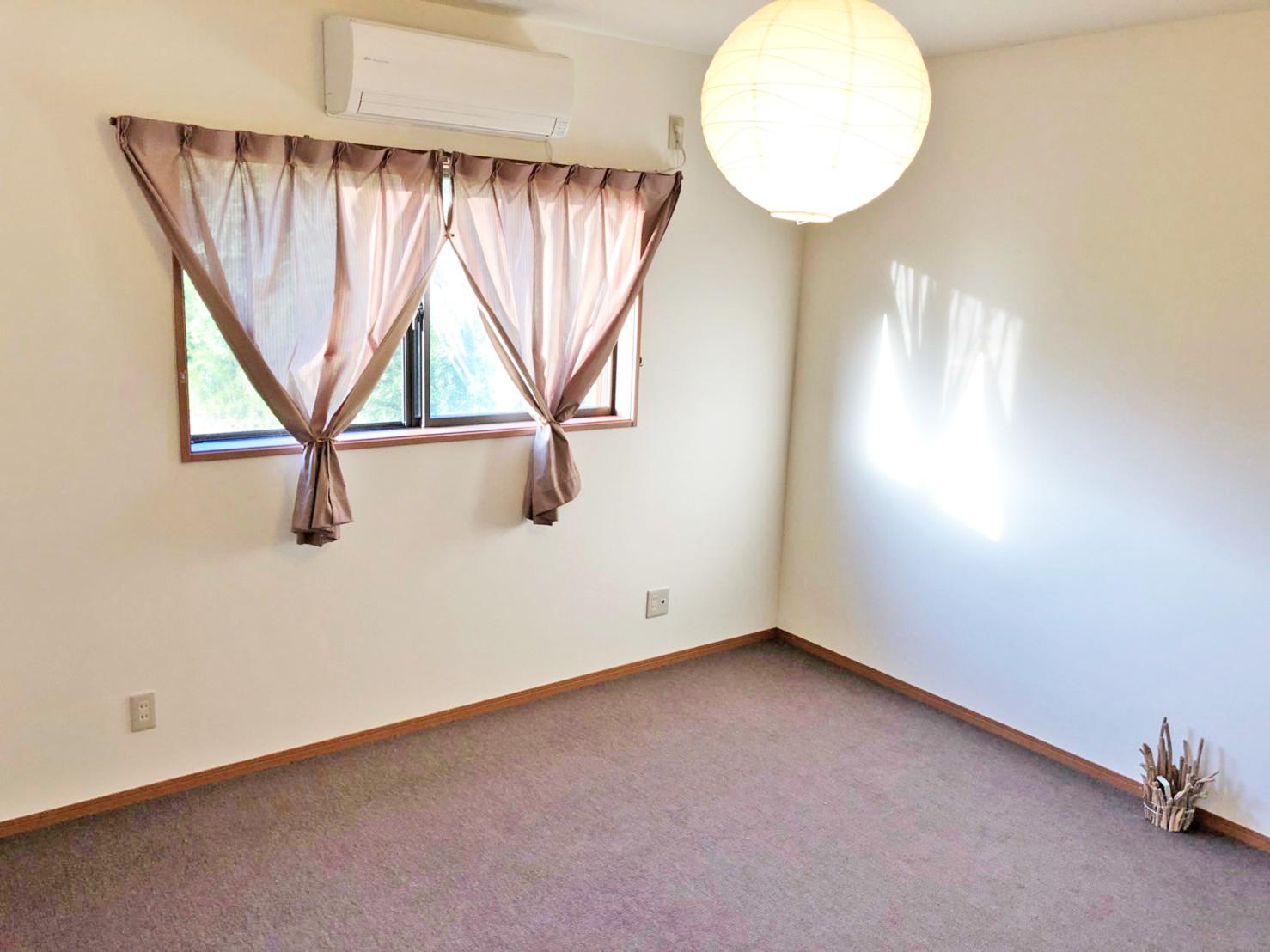 2階 寝室 プライベートルームとしてお使いいただけます