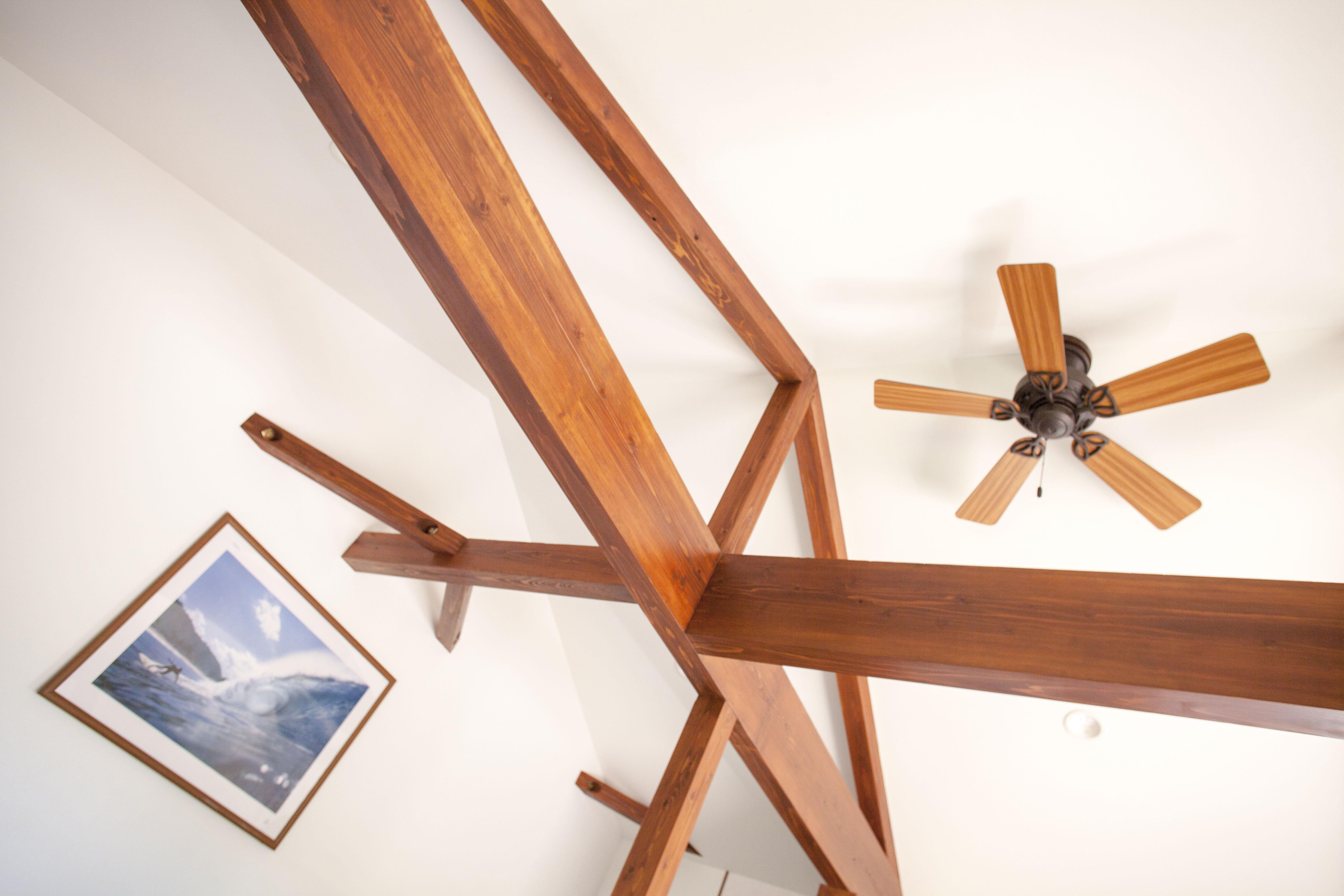 高く開放的な天井