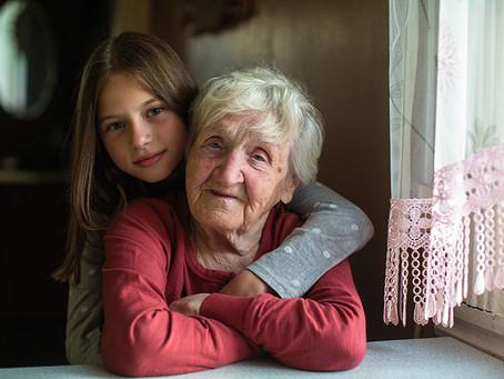 Una niña y una abuela: historias que potencian la comprensión lectora