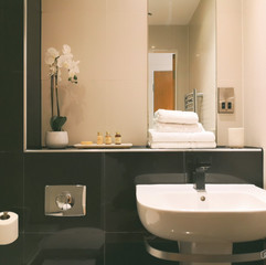 Blonk Street Apartments Bathroom