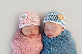 Five week old sleeping boy and girl frat