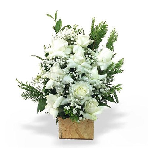 Arranjo de Rosas Brancas - 9 Rosas