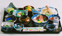 ミニ懐石 ¥4,000(要予約)