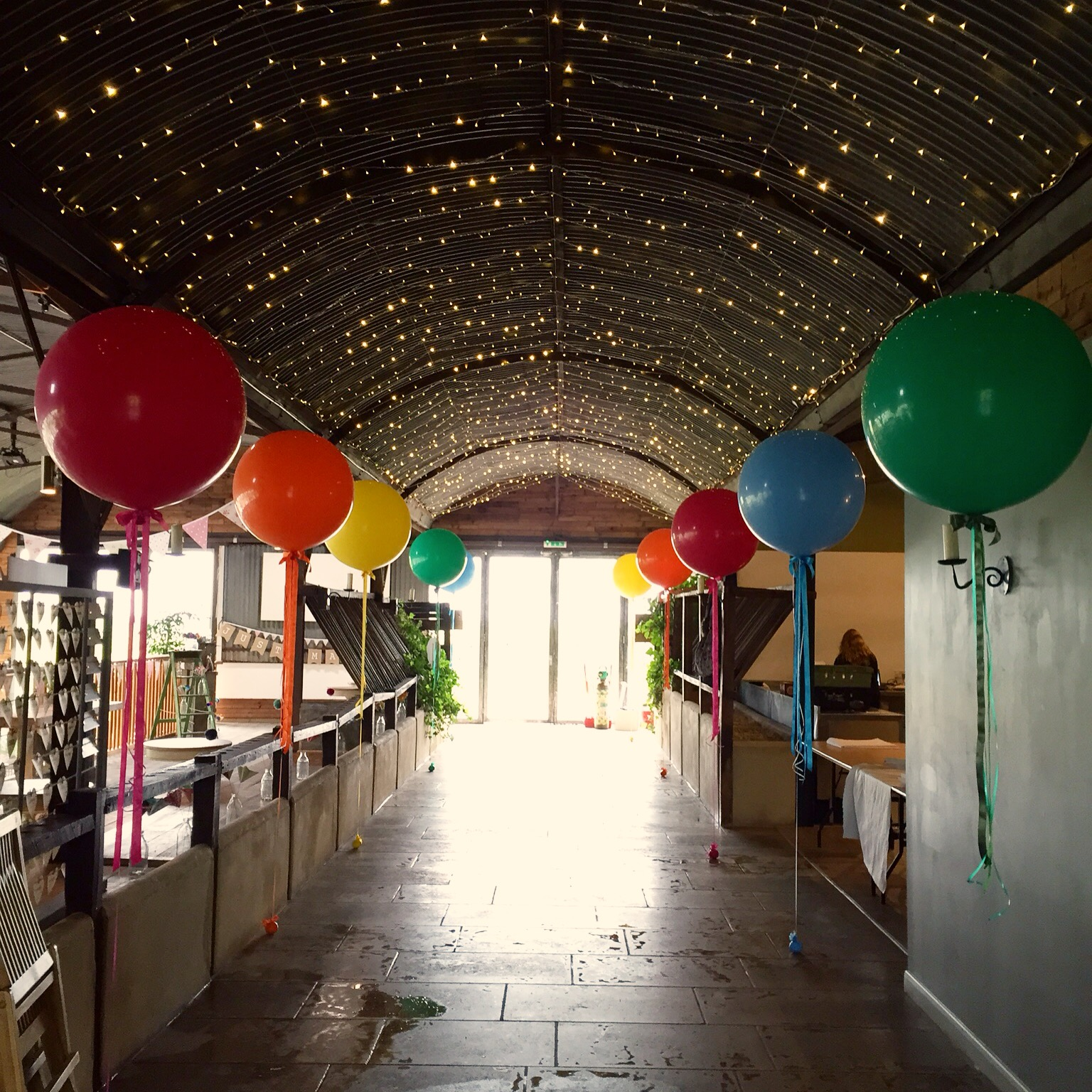 Stone Barn Giant Balloon Aisle