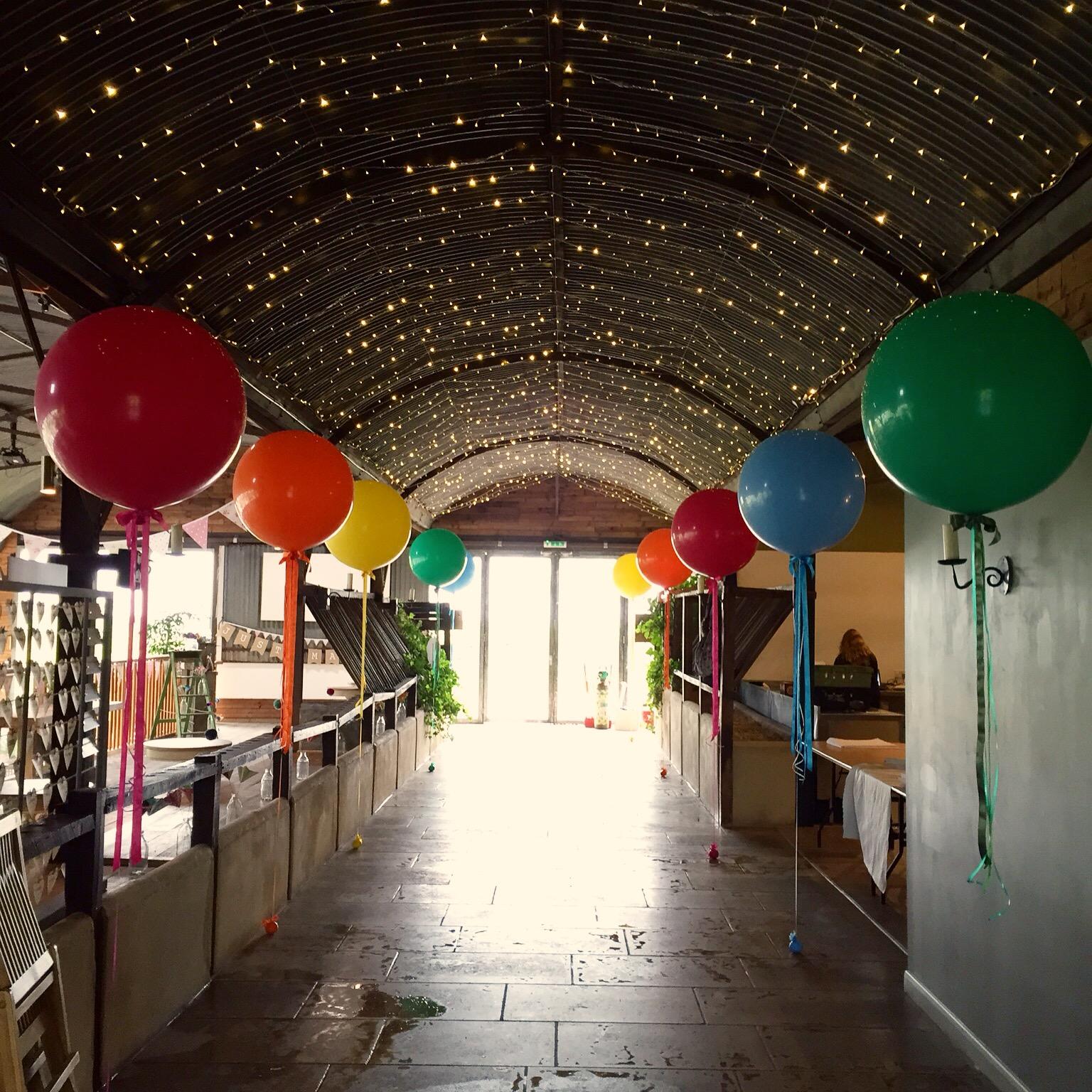 Stone Barn Giant Balloon Aisle