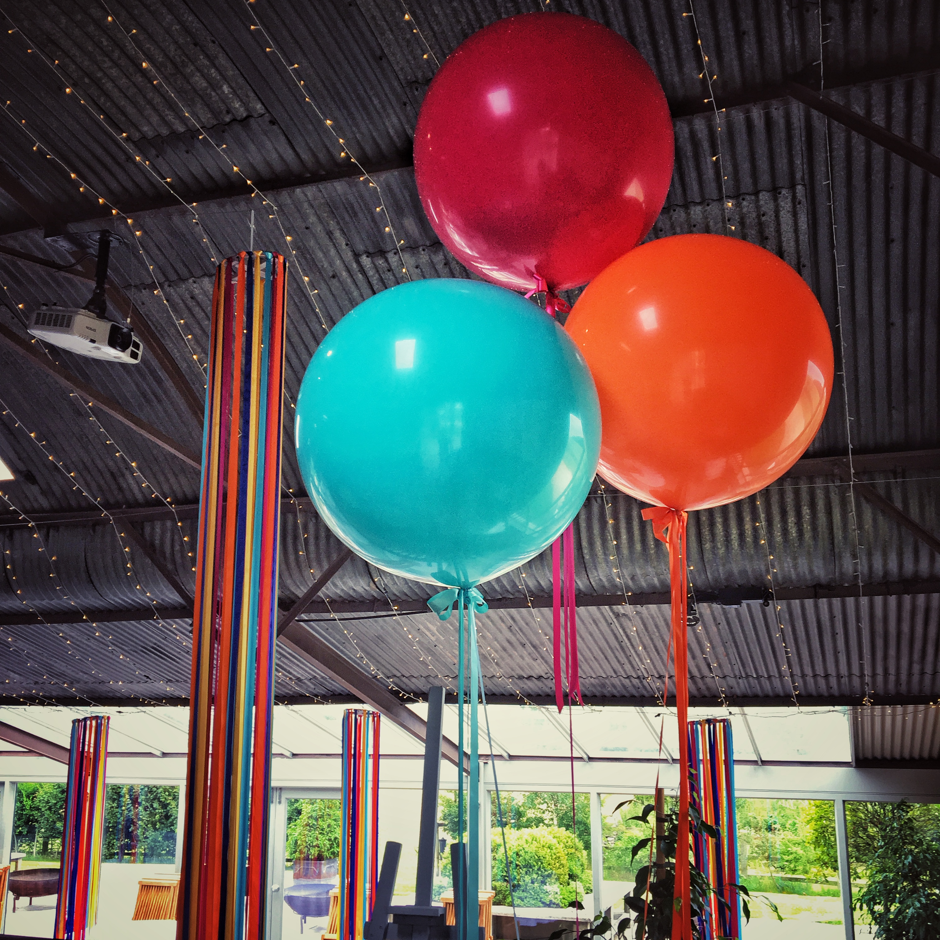 Stone Barn Wedding Balloons