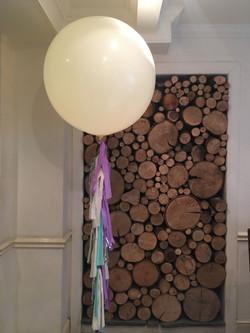 Tassel Tail Giant Balloon