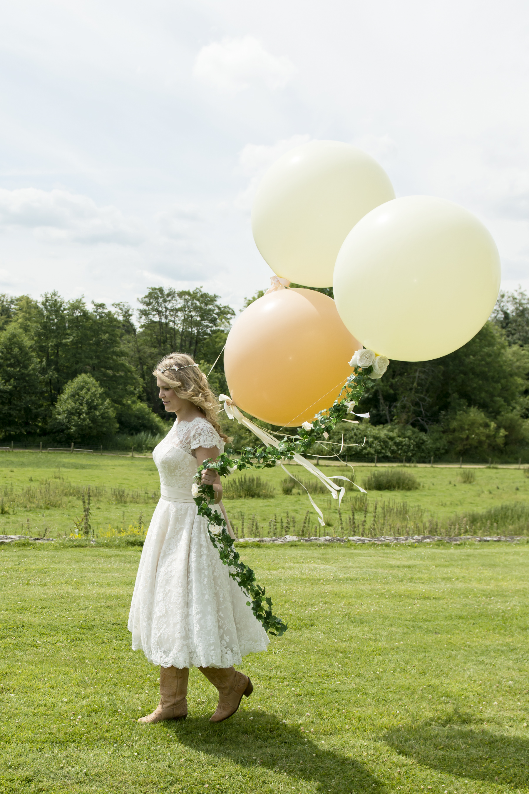 Bridal Giant Balloons