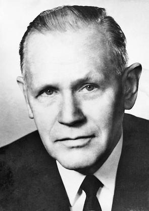Prof. Dr. Adalbert Loeschke
