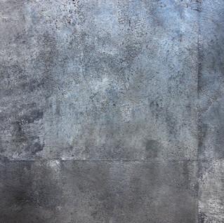 БЕТОН на стене.jpg