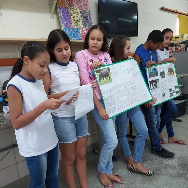 Atividade escolar leva alunos a conhecerem projetos de conservação do ES