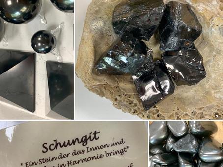 SCHUNGIT – der schwarze Heilstein aus Russland