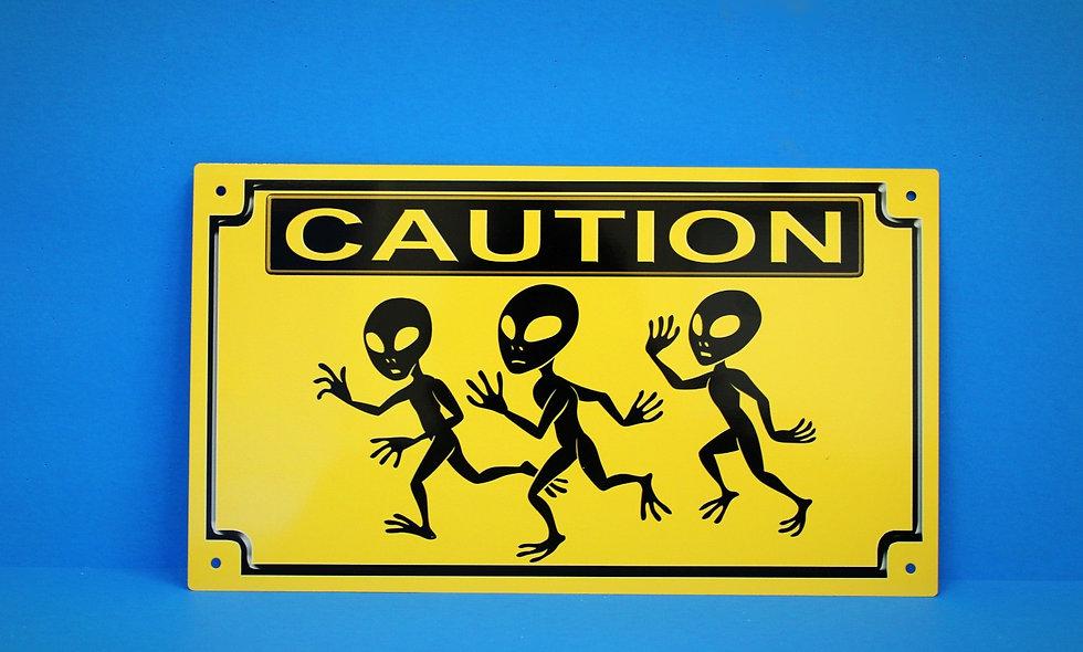 Amish 3 Aliens Running Sign