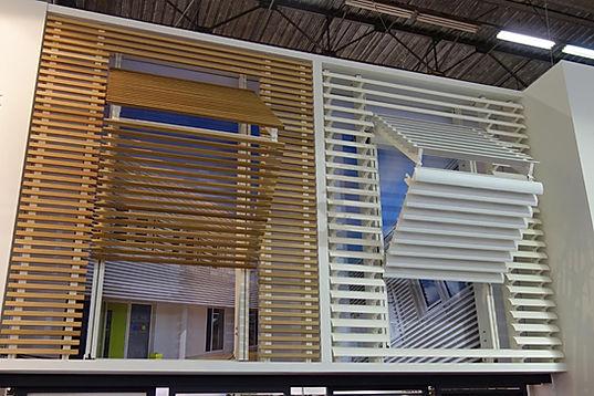 folding shutters,αναδιπλούμενα σκιάδια, vertical folding shutters, Ηλεκτρικά κάθετα σκιάδια