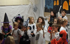 Evoschool stage de vacances bilingue haloween (44).JPG