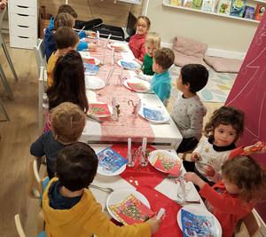 Evo's School repas Noel.jpg