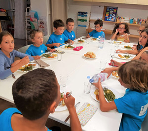 Evo's School repas primaires.jpg