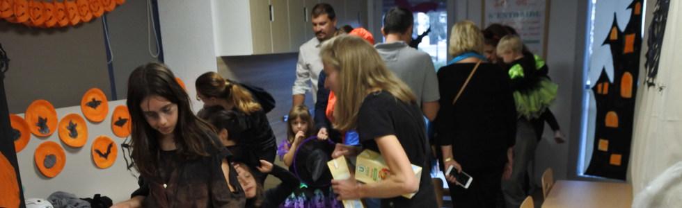 Evoschool stage de vacances bilingue haloween (51).JPG