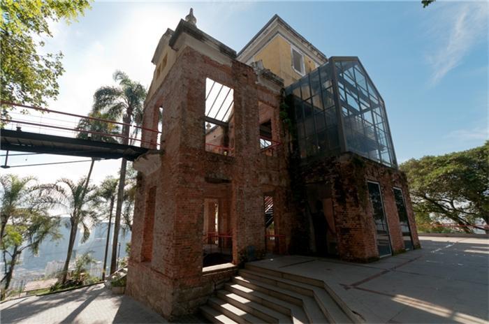 Parque das ruínas , Santa Tereza,RJ ( Ernane Freire e arquitetos associados )