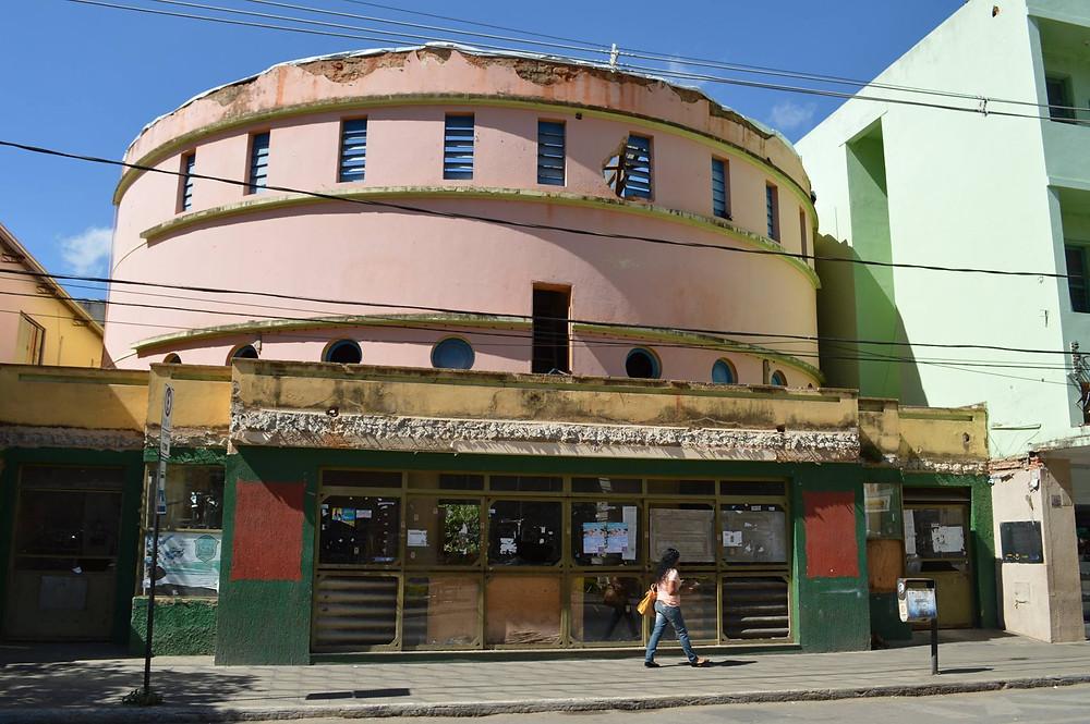 Cine Brasil - há 01 ano...