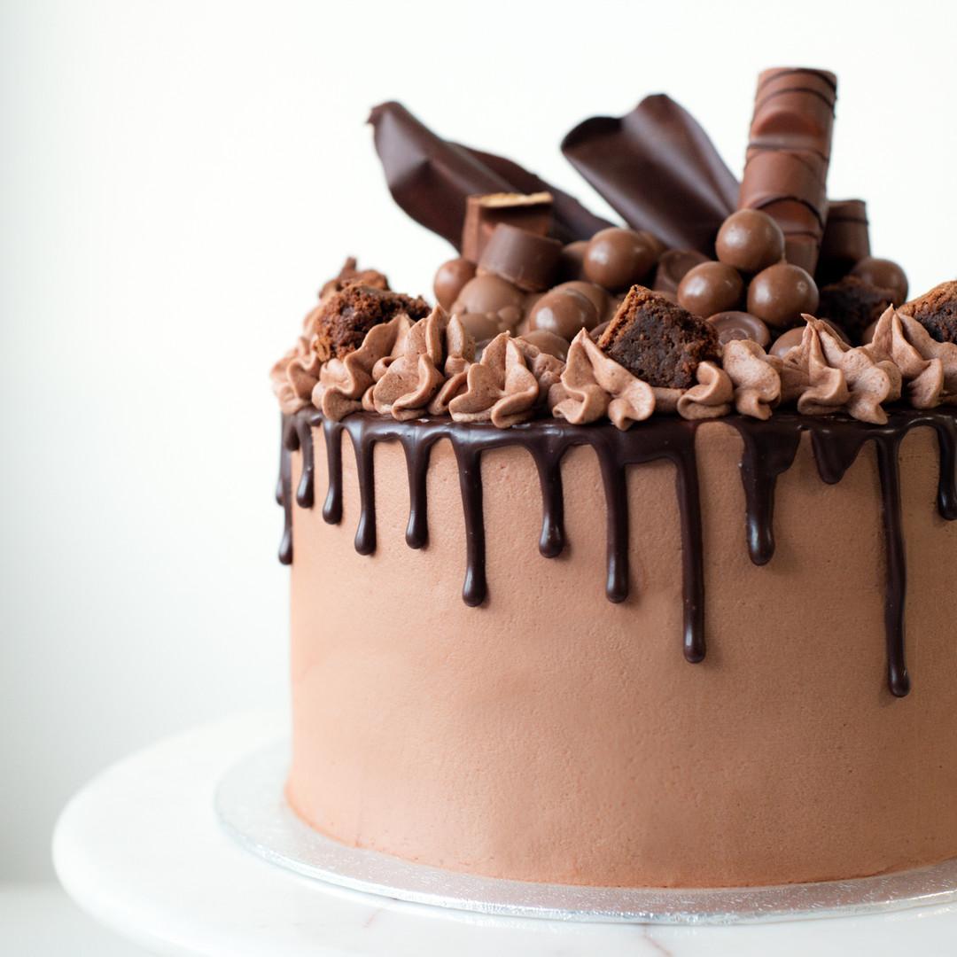 TBD_Chocolate cake close.jpg