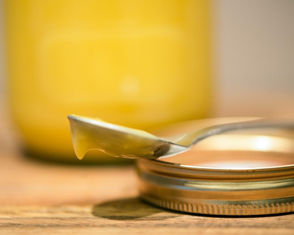lemon curd spoon ©the bakery den