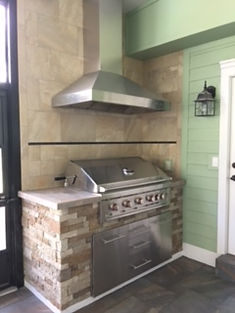 Outdoor Kitche Grill .JPG