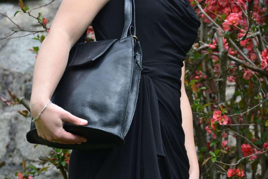 Nos sacs sont des pièces uniques, réalisées en cuir Français et CE