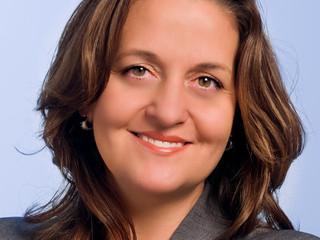 AEC founder receives 'Distinguished Alumni Award'