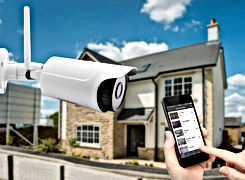outdoor_camera_house_app_1_edited.jpg