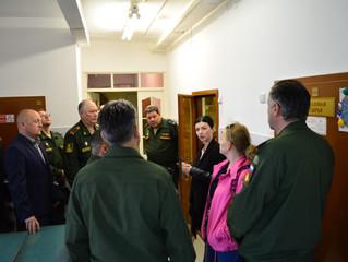 Военные в Доме ремёсел