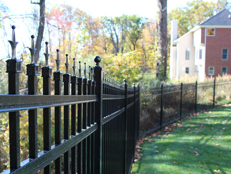 Need Instructions on How to Build a Fence in Union County, NJ? Our Fence Store Can Help