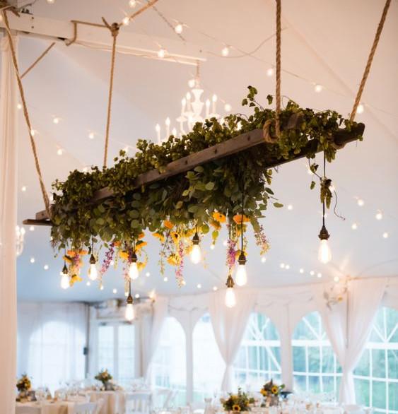 Hanging Ladder Flowers