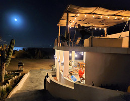 La venta hostel at night
