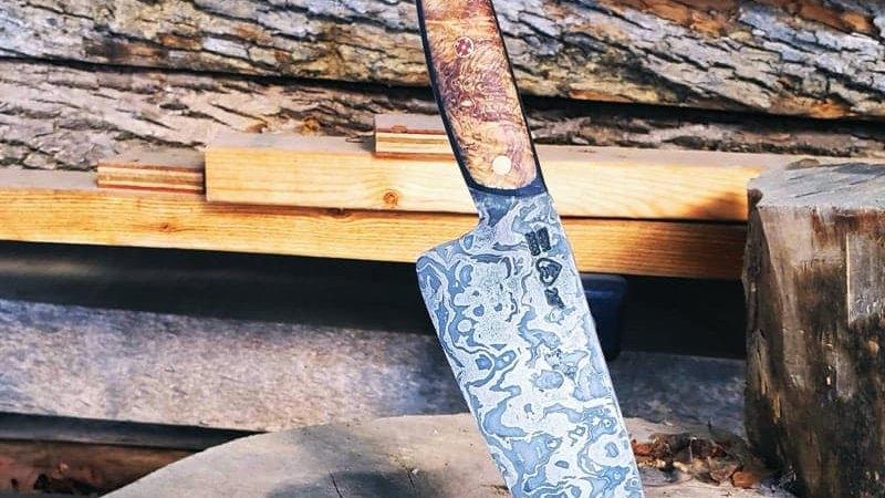 Chainsaw Damascus Blade with Buckeye Burl & Black G19 Handle