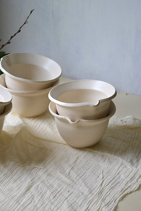 The Cottage Mini, Mixing Bowls