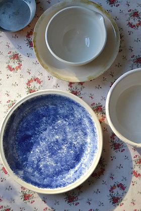 Porcelain Spongeware Dish