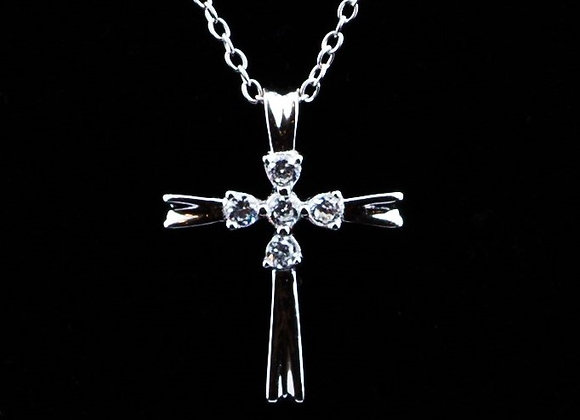 Necklace cross with zirconia