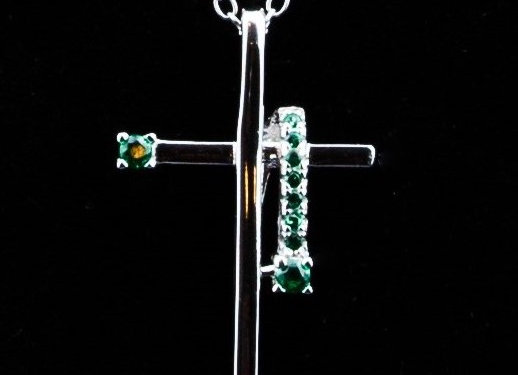 Necklace cross green zirconia