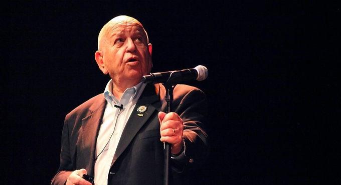Hebrew-Language Holocaust Survivor Talk: Jerry Weiser