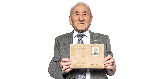 Holocaust Survivor Talk: Joseph Alexander
