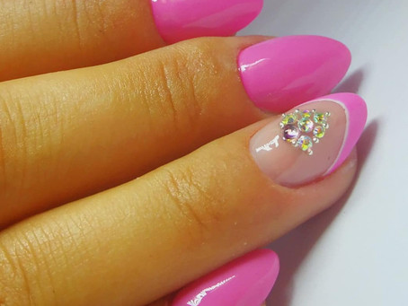 Becoming a Professional Nail Technician. Where to start.