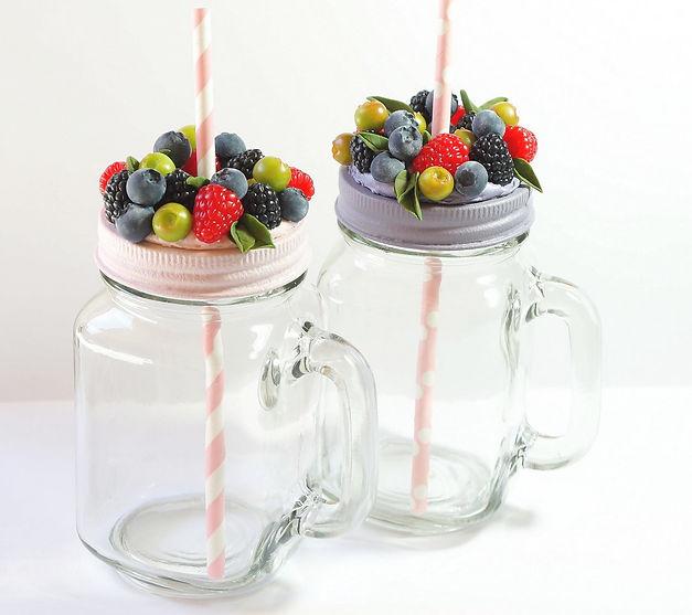 Caprice élégant - Fimo cours privé - Jarre limonade décorée de fruits rouges
