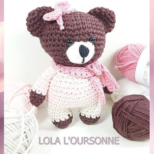 Crochet amigurumi Lola l'oursonne